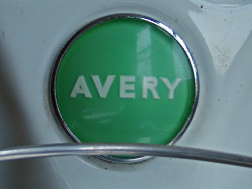 Avery badge