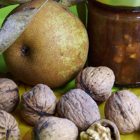 Chunky Pear and Walnut Chutney (200)